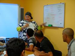 В Хабаровске мигранты из средней Азии начали изучать русский язык