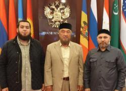Первый заместитель Муфтия Чечни и глава ДУМАЧР обсудили вопросы взаимодействия мусульманских организаций России