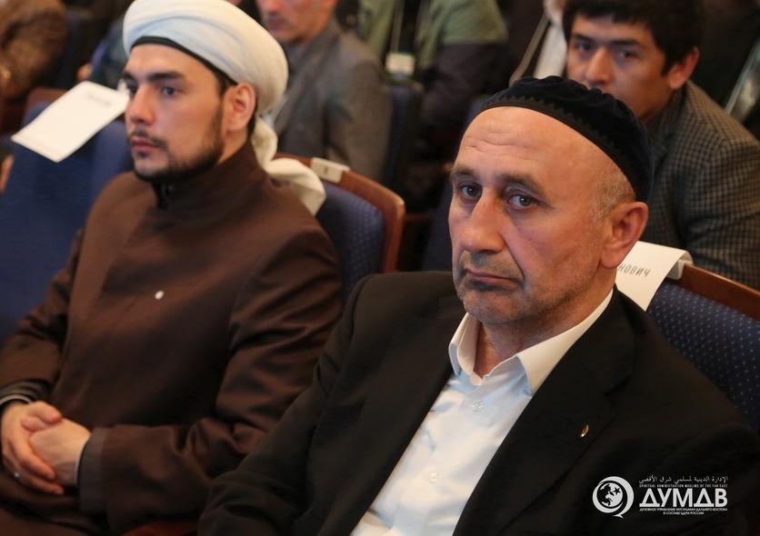 Суд обязал имама Хабаровска освободить мечеть.