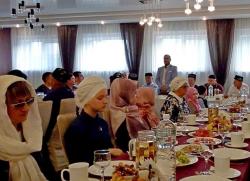 Муфтий дальнего востока поздравил мусульман с праздником Ураза-байрам.
