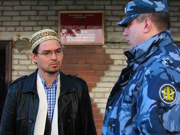 Хабаровский имам вновь обвиняется в незаконном трудоустройстве мигрантов.